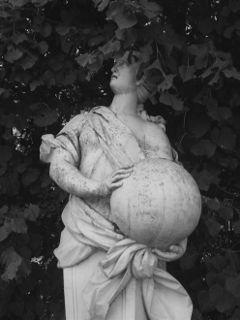 freetoedit blackandwhite photography sculpture ball